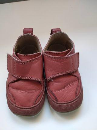 Zapato Feroz talla S Garbi frambuesa
