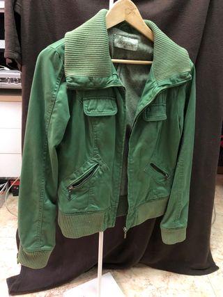 Chaqueta verde T-xl 4€