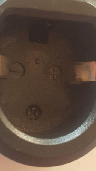 Mini cargador bateria taladro