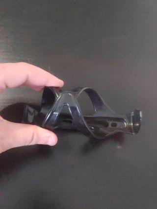 Botellero negro para bicicleta plástico flexible