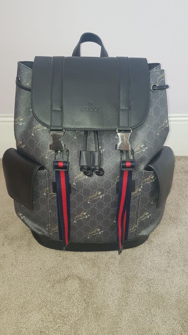 Gucci GG Supreme Tigers Bestiary Backpack