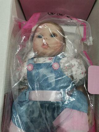 muñeca silicona