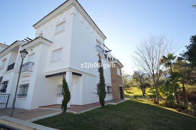 Casa adosada en venta en Centro en Alhaurín de la Torre (Alhaurín de la Torre, Málaga)