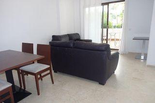 Apartamento en venta en El Padrón - El Velerín - Voladilla en Estepona