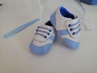 zapatos bebé recién nacido nuevos