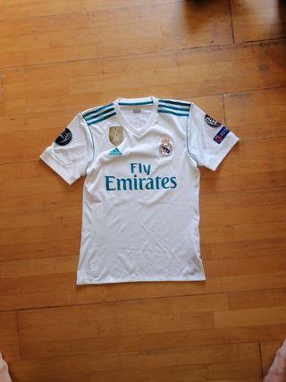 Camiseta Real Madrid oficial.