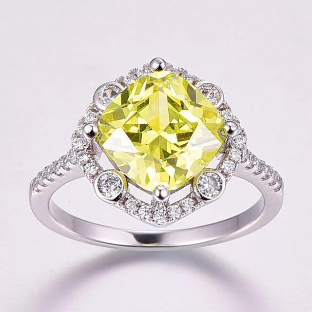 J.C New Fashion Princess Cut Green Amethyst ring