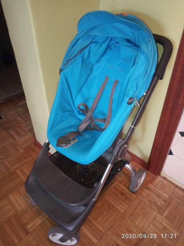Carro de niño Stokke Scoot azul
