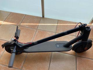 Patinete eléctrico - Xiaomi Mi Electric Scooter