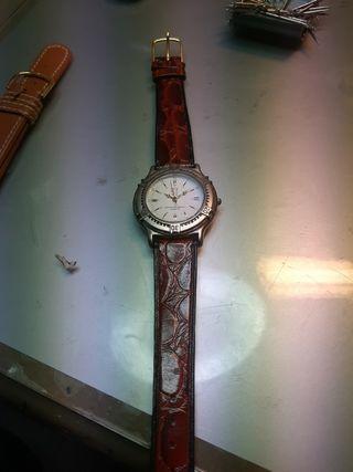 Reloj de cuarzo Peugeot