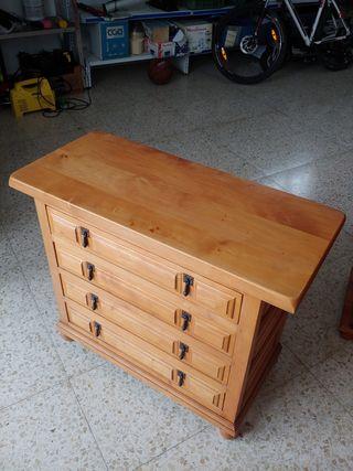 Mueble cómoda rústico con 4 gavetas