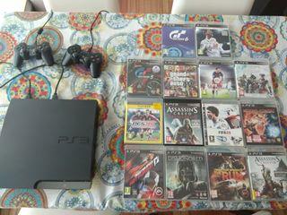 PlayStation 3 con 2 mandos y 14 juegos