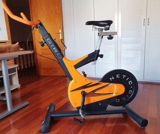 Bicicleta Spinning profesional - Salter Giro M-845