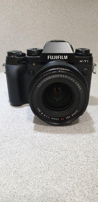 Cámara Fujifilm X-T1 + Objetivo Super EBC XF 23mm