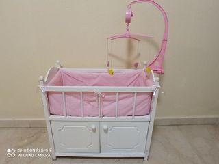 armario cama de muñecas