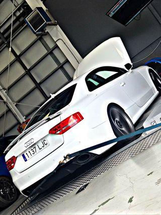 Audi RS5 b8 4.2