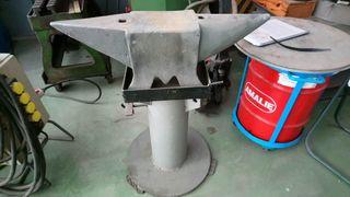 Se vende Yunque de 105 kg