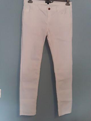 Pantalón blanco mujer. Talla 42