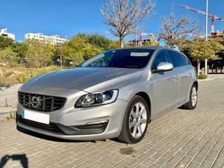 Volvo V60 Momentum D3 Automático