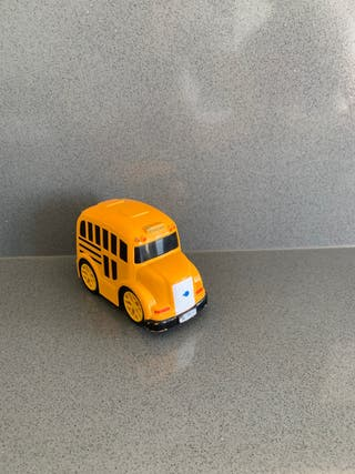 Autobús escolar de juguete