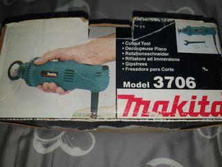 Makita 3706 - Fresadora