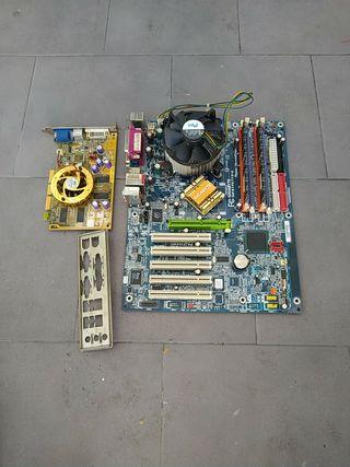 placa base procesador RAM y tarjeta gráfica