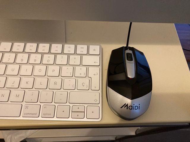 Apple iMac 16.2 21,5, 2015