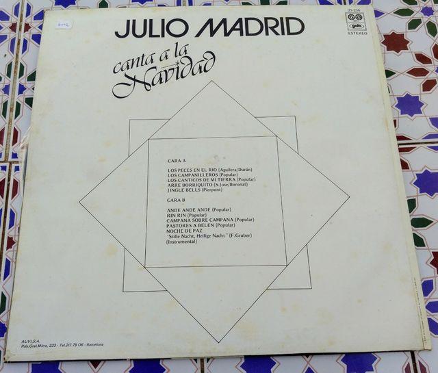 Julio Madrid canta a la Navidad.