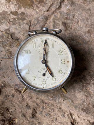 Despertador antiguo