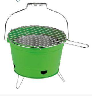 Barbacoa Portatil. Barbecue verde