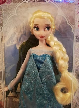 Muñeca Elsa de Frozen, Clásica Disney Store