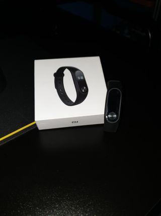 Xiaomi Mi Band 2 + 2 pulseras.