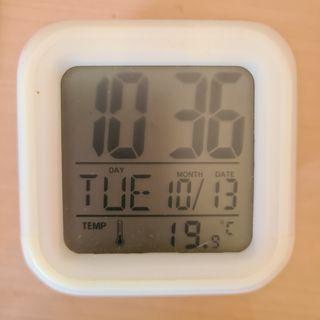 reloj digital de lady bug cambia