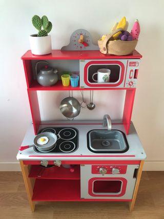 Cocina de madera de juguete + accesorios