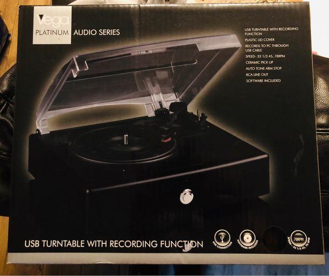 Vega Platinum Audio Series USB Turntable With Rec
