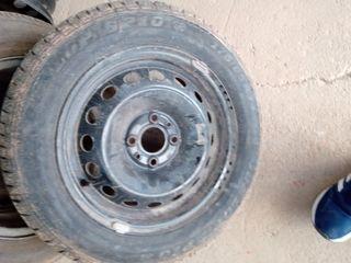4 ruedas de coche