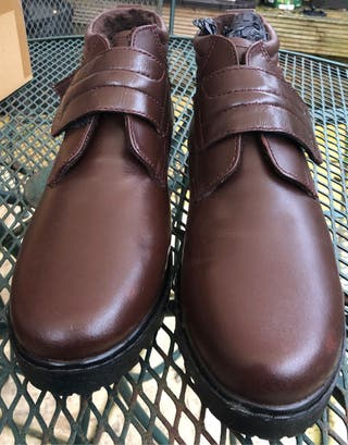 Size 12 Men's Fur Lined Brown Leather Smart Boot