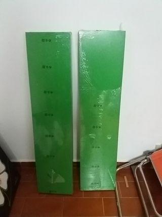 Estanterías verdes