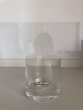 Media docena de vasos de whisky