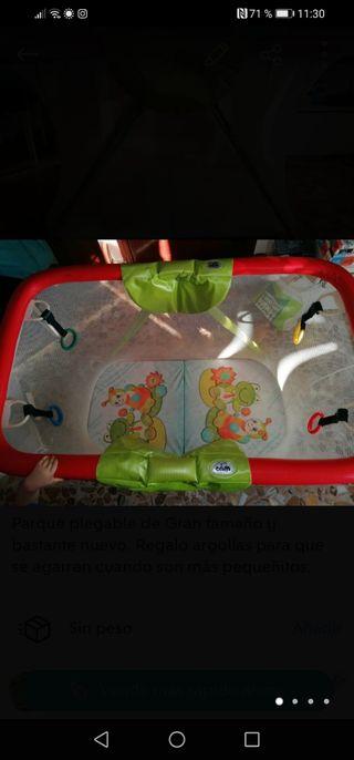 Parque infantil grande juego bebe