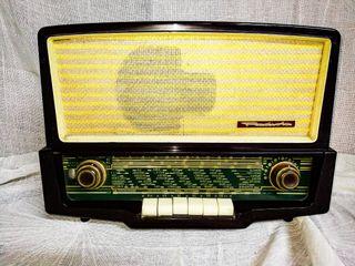 RADIOLA 35958, RADIO ANTIGUA BAQUELITA VÁLVULAS