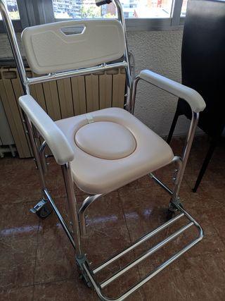 Silla de ducha y WC con ruedas