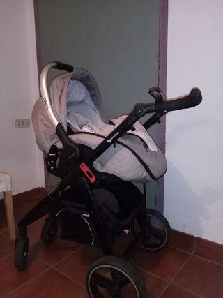 Maxicosi Sono Casualplay + rodes cotxet + basefix
