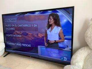 LG 55' Smart TV (nueva) 4K