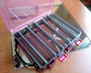 Caja Dura Doble para Señuelos Roja 210x165mm