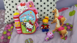 Juegos con libro interactivo hello kitty + regalos