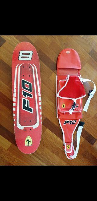 Monopatín modelo Ferrari F10 con Funda y asas