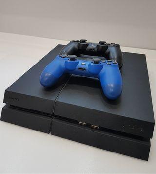 PS4 mod. CUH-1216A 500GB Negra + 2 mandos