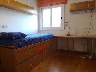 Cama nido, escritorio, 2 estantería, armario