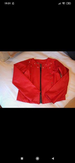 chaqueta de cuero de niña